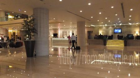 CARLTON HOTEL エントランスホール