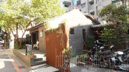 台湾 永康街 古い家屋を改装したカフェ