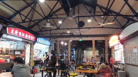 シンガポール ホーカー マックスウェル・フードセンター 内部1